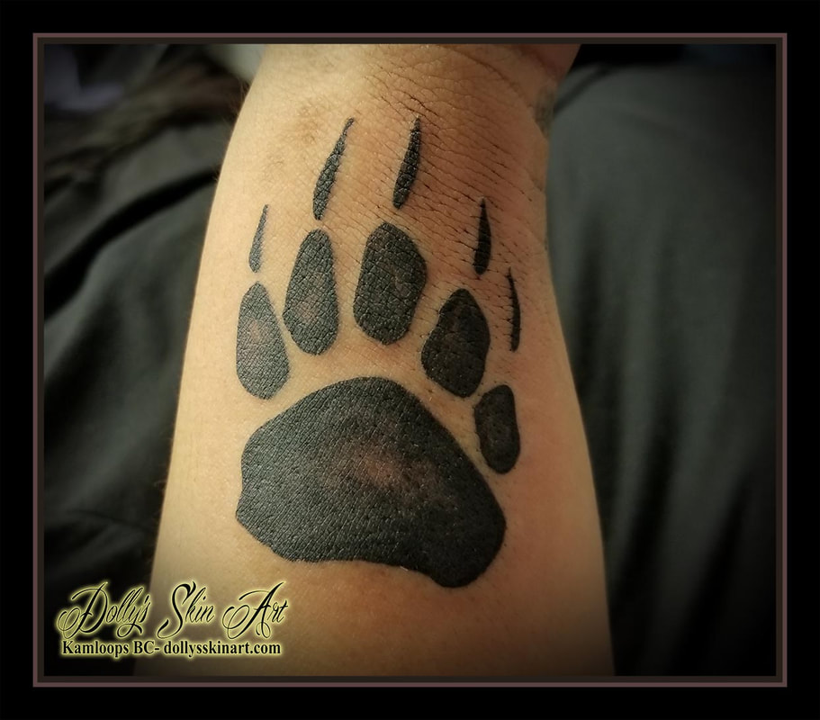 bear paw back shaded wrist black and grey tattoo kamloops tattoo dolly's skin art
